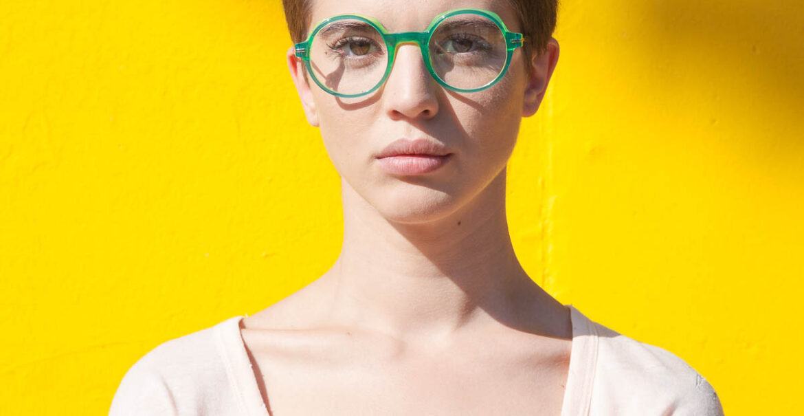 Rédélé. Made in Italy eyewear since 2012. After five successful seasons the brand has moved to Los Angeles - the hotspot for fashion-forward lifestyles.
